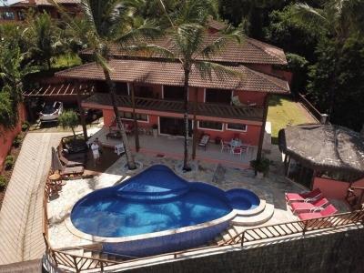Ilhabela - Piúva - Casa com dupla vista