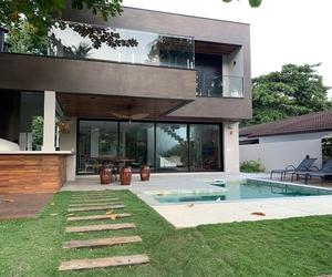 Praia Guaecá - Casa nova e moderna