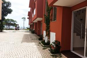 Praia Boiçucanga - Cond. Acquamarine - Pé na Areia