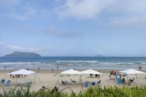 Praia Juquehy - Condomínio CD 06 - Pé na Areia